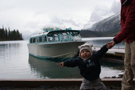 finnegans first boat ride_maligne lake