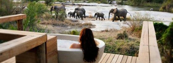 Private-Granite-Suites-Outside-Riverview-bath
