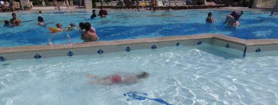 Beaches Turks and Caicos_Finnegan Swimming